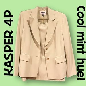 Kasper light mint green suit NWT
